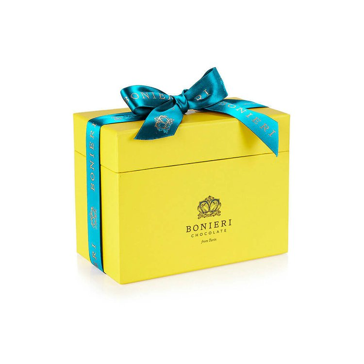 'Bella Box Gianduja Grande' Deluxe Chocolate Gift Box with Pralines Cream Selection 440g