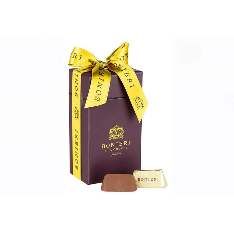 'Bella Box Gold' Chocolate Gift Box with Traditional Piedmont Hazelnut Gianduiotti 170g