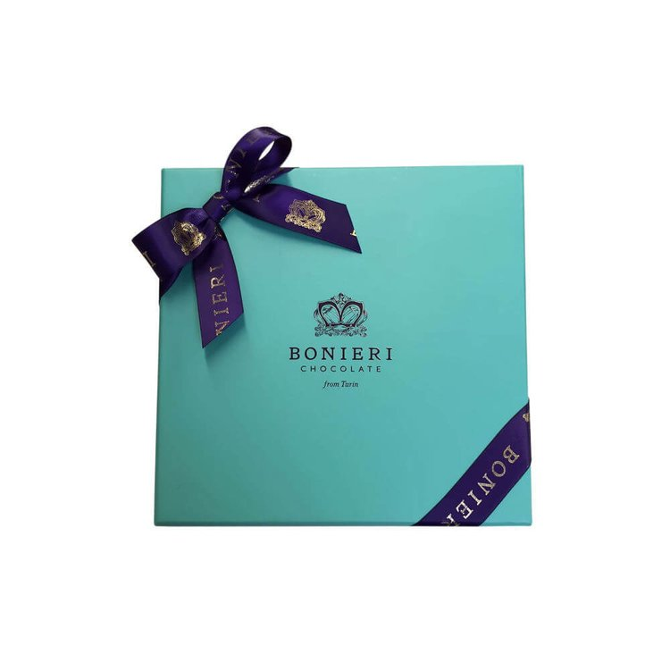 'Diva Box Gianduiotti' Gift Box with 12 Deluxe Chocolate Hazelnut Pralines