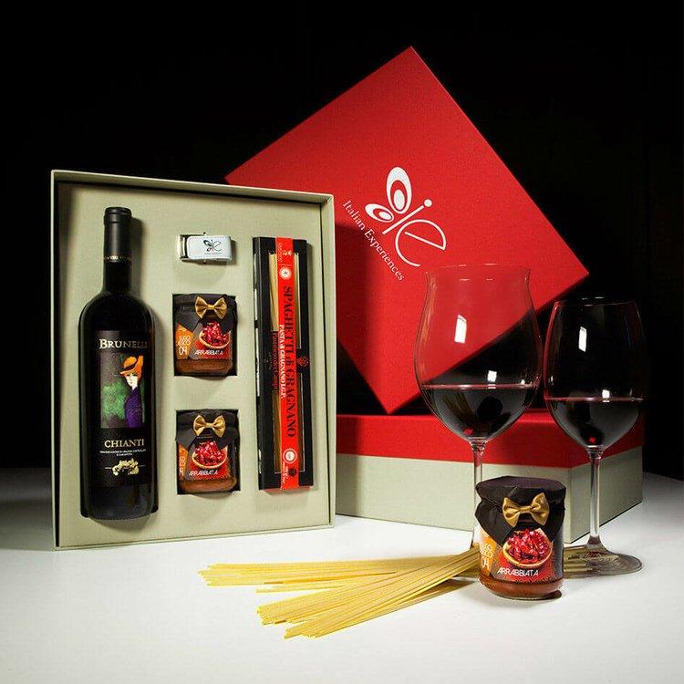 Italian Spicy Arrabiata Sauce & Spaghetti Pasta di Gragnano I.G.P with Chianti Red Wine Meal Gift Set