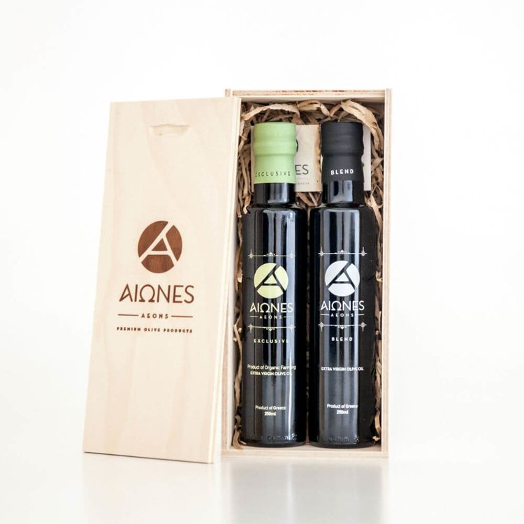 Premium Olive Oil Gift Set in Wooden Box (Inc. Organic & Extra Virgin Olive Oil)