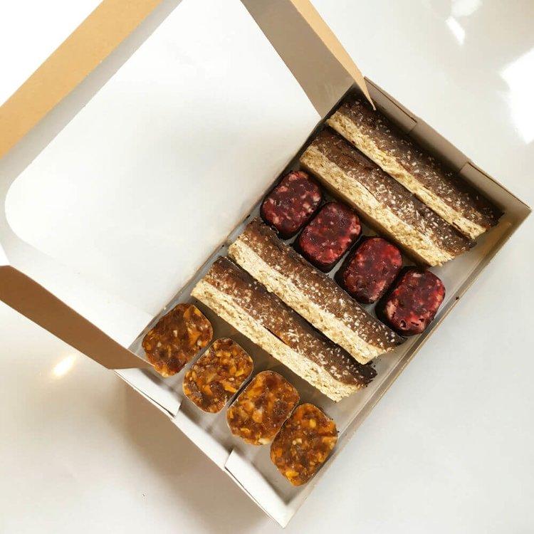 Handmade Coconut 12 Snack Bites Taster Box (Coconut, Mango & Peanut, Raspberry & Passionfruit)