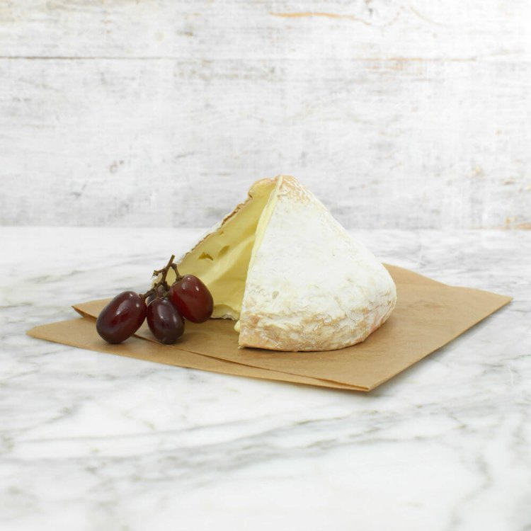 Lord London Soft Sussex Cheese 250g by Alsop & Walker