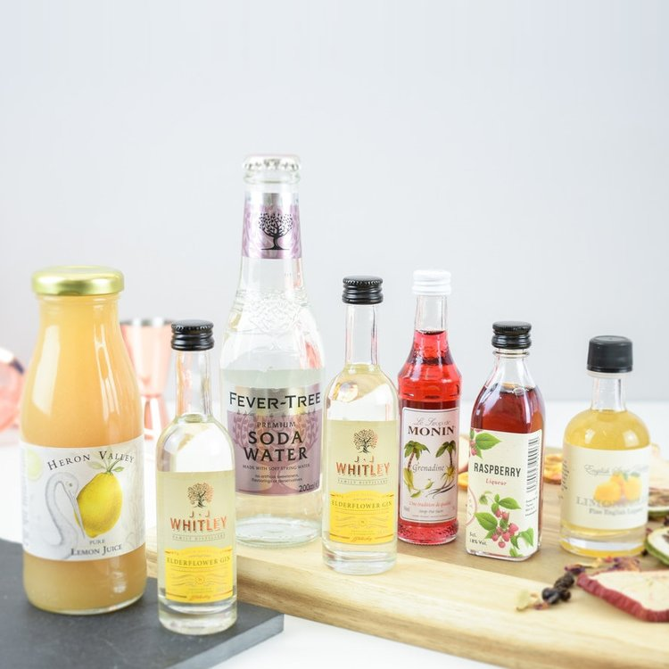 'Gin Fizz' Cocktail Gift Set (Inc. Premium Vodka & Gin, Mixers & Recipe Cards)