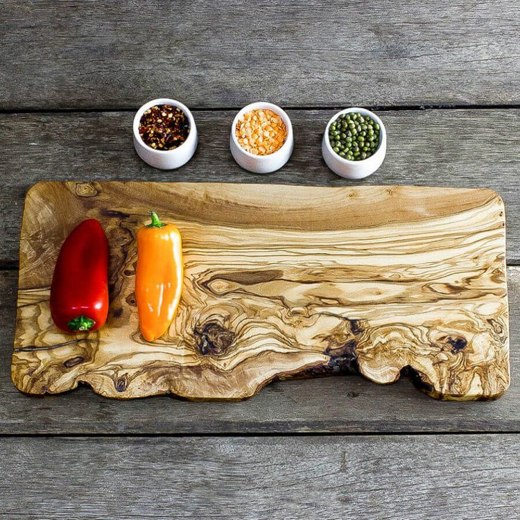 Large Olive Wood Chopping/Cheese Board (40cm x 17cm x 2cm)