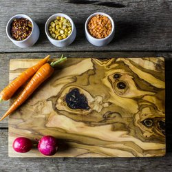 Olive Wood Cheese/Chopping Board (27cm)