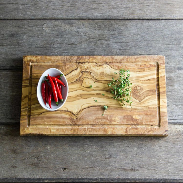 Olive Wood Chopping/Carving Board With Groove for Meat Juices (35cm x 20cm x 2cm)