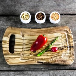 Rustic Olive Wood Chopping/Carving Board with Groove for Meat Juices (35cm x 20cm x 1.75cm)