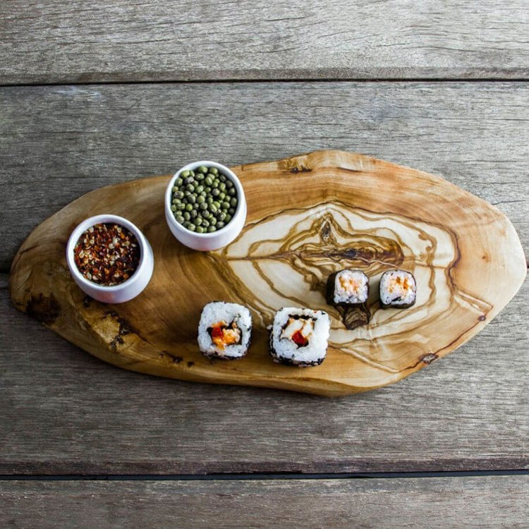 Rustic Olive Wood Chopping/Cheese Board (28-32cm x 12cm x 2cm)
