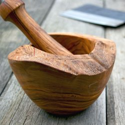 Rustic Olive Wood Pestle & Mortar (W 12cm x H 9cm)