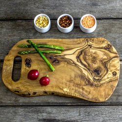 Rustic Olive Wood Chopping/Serving Board with Handle (35cm x 20cm x 1.5cm)