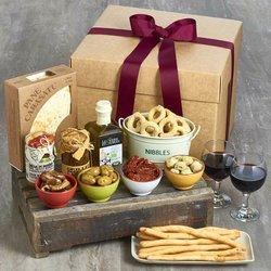 Italian Antipasti Gift Box Inc. Taralli, Sardinian Flatbread, Artichoke Hearts & Olive Oil