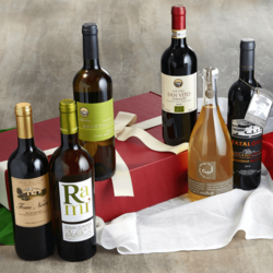 Organic Italian Wine Selection With 3 Red Wines, 2 White Wines & Prosecco