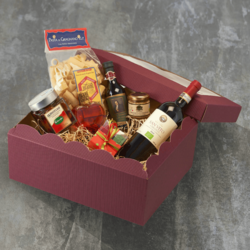 Italian Gourmet Hamper for Him Inc. Chianti Red Wine, Pasta, 'Nduja & Chocolate