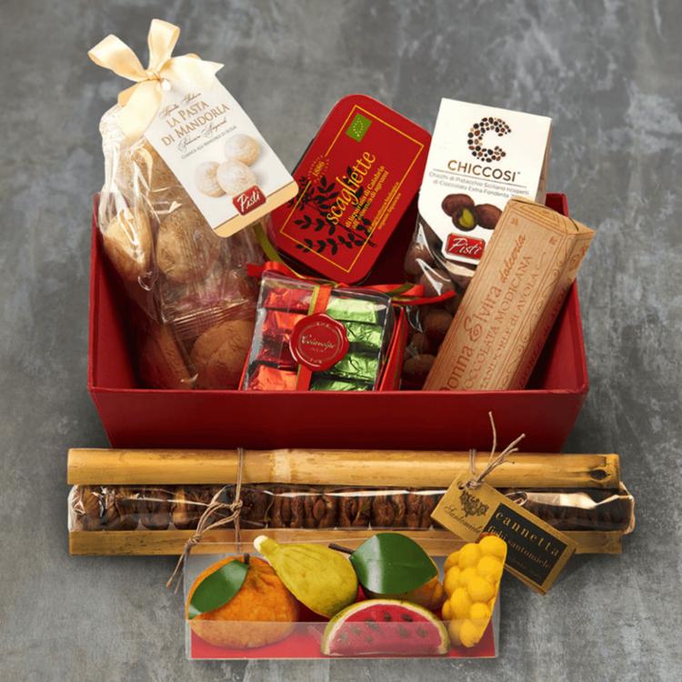 Italian Sweet Treats Hamper Inc. Modican Chocolate, Marmalades & Flavoured Chocolate