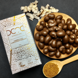 Cashews Coated in Raw Coconut Chocolate 200g (Vegan, Organic)