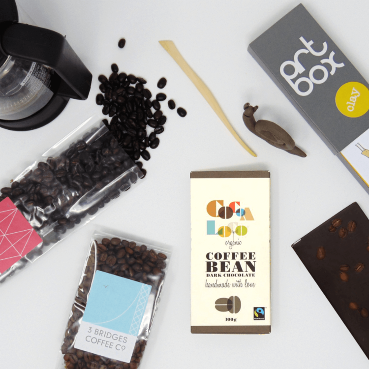 Coffee Break' Gift Set with Coffee Beans, Dark Chocolate & Mini Clay Craft Box