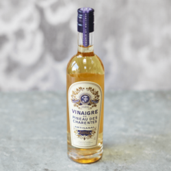 French White Pineau de Charentes AOC Wine Vinegar 250ml (For Fish, Meat & Salads)