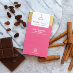 Organic Cinnamon & Raisin Raw Mylk Chocolate Bar 35g