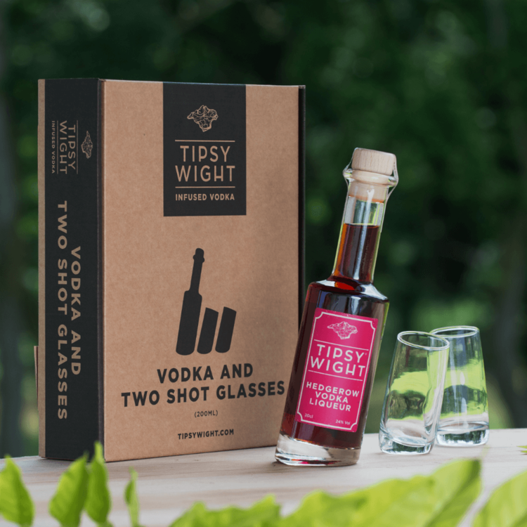 Hedgerow Berries Vodka Liqueur & Glasses Gift Set with 20cl Bottle & 2 Shot Glasses by Tipsy White
