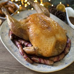 5kg Organic Whole Free-Range Bronze Game-Hung Turkey by Copas (With Giblets, For 10-11 People)