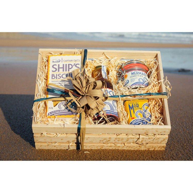 Mermaid Mix Gift Hamper with Seaweed Biscuits, Seasonings & 'Kelpchup'