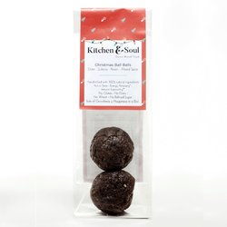 'Christmas Ball Balls' (Energy Balls with Dates, Sultanas & Spices) 60g