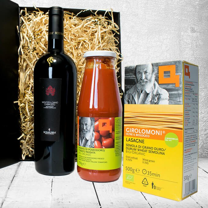 Luxury Organic Italian Lasagne Supper Gift Hamper Inc. Red Wine, Pasta Sheets & Passata