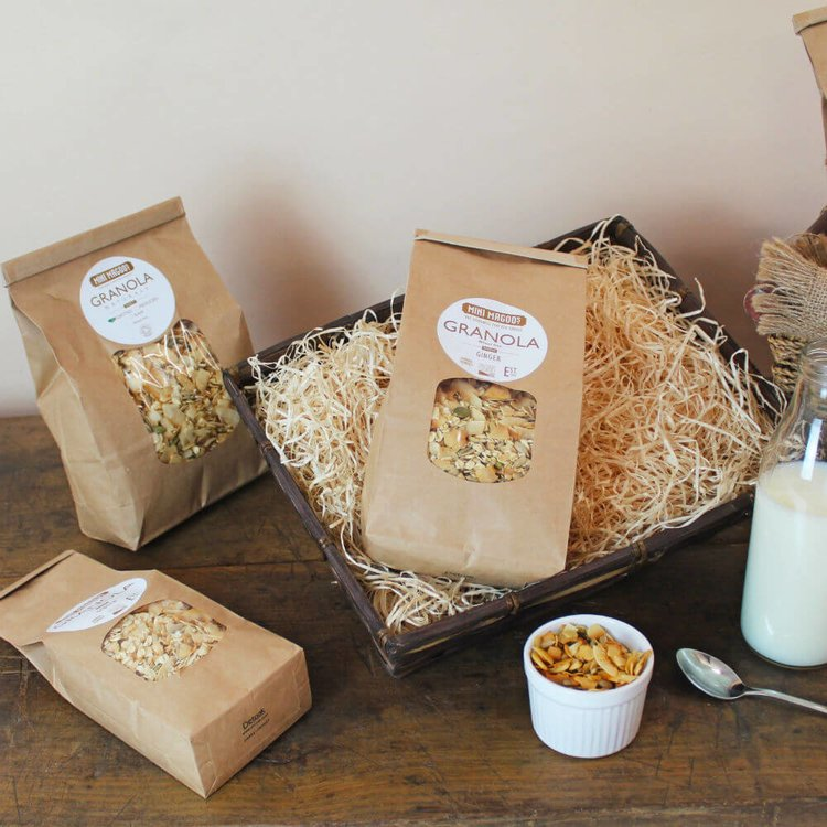300g Organic Christmas Granola with Chocolate, Orange, Dates, Cranberries & Spices by Mini Magoo