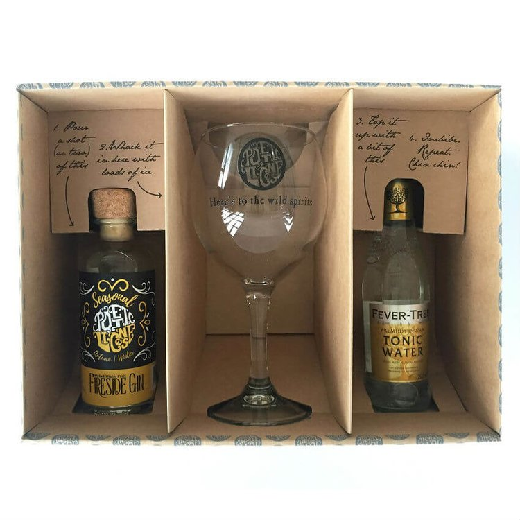 'Fireside' Mulled Winter Fruit Gin & Tonic Gift Set with Balloon Glass & Fever-Tree Tonic