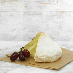 Lord London Soft Sussex Cheese 650g-800g by Alsop & Walker