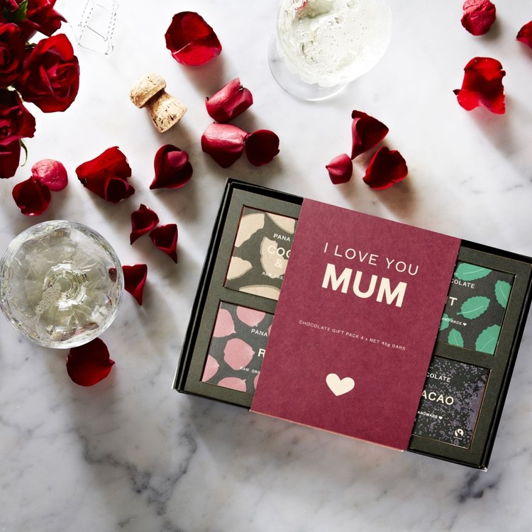 Organic 'I Love You, Mum' Raw Handmade Chocolate Gift Box