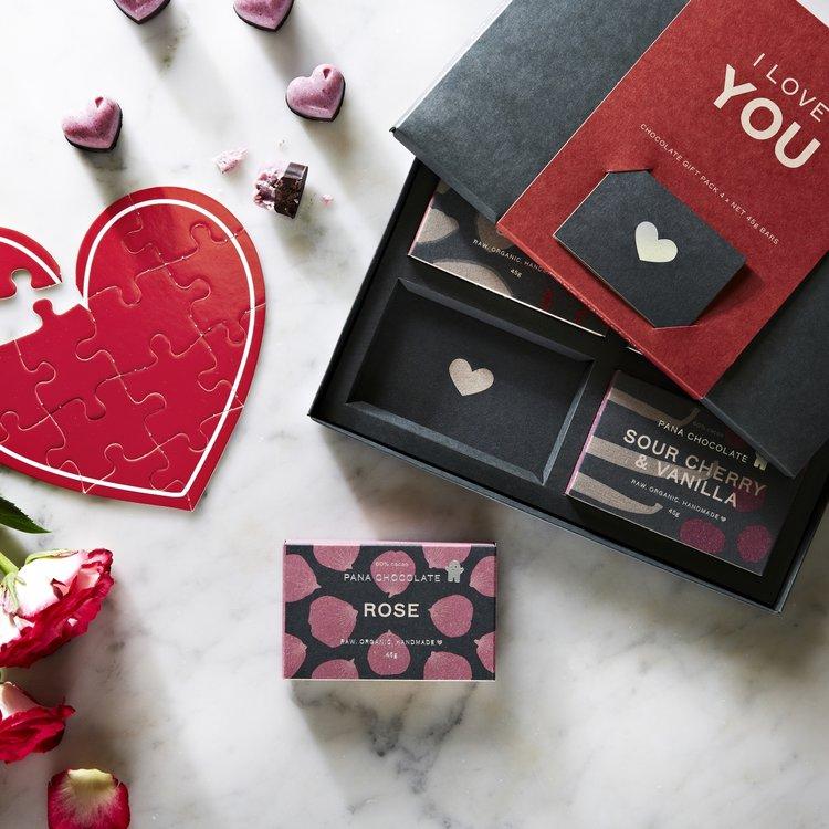Organic 'I Love You' Raw Handmade Chocolate Gift Box