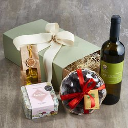 'Ti Amo' Italian Valentine's Gift Hamper with Chardonnay Wine, Chocolate, Figs & Sweets