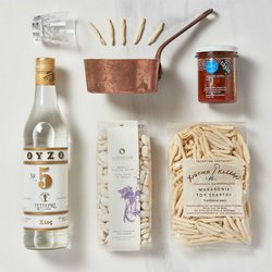 'Merakli's' Greek Gift Tote Bag with Ouzo Spirit, Red Pepper Pâté, Gigantes & Pasta