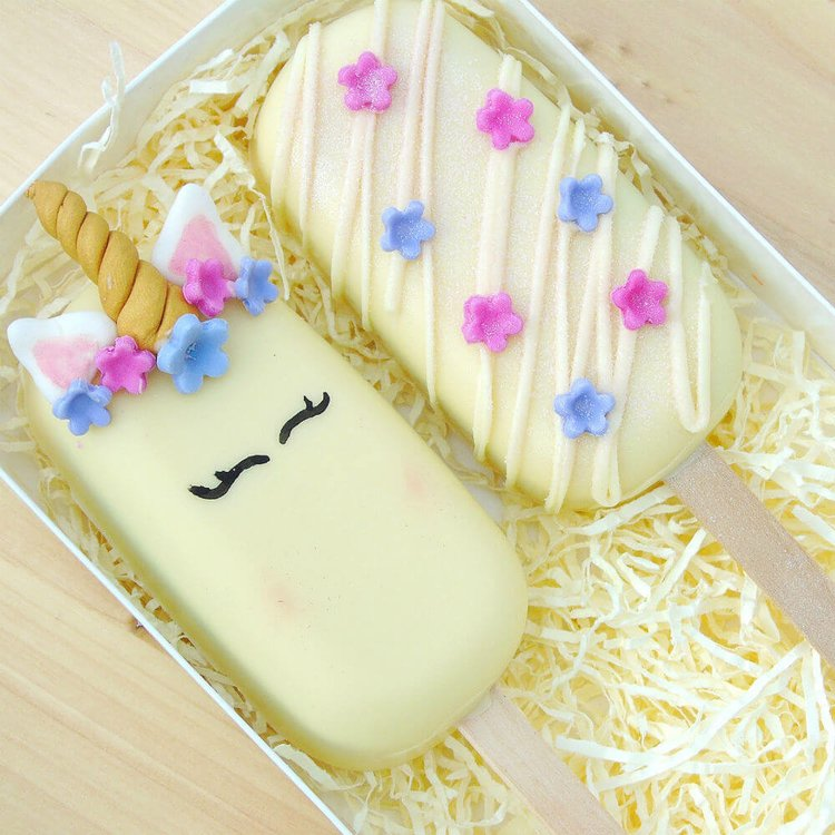 Chocolate Unicorn Cake 'Popsicles' with Belgian White Chocolate