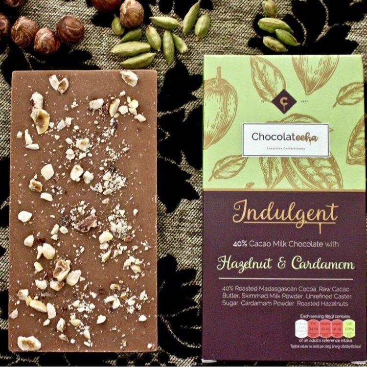 Hazelnut & Cardamom 40% Cacao Madagascan Milk Chocolate Bar 85g