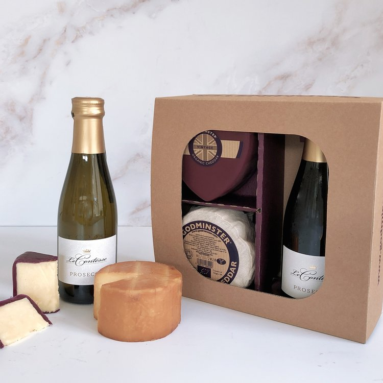 Organic Heart Cheddar & Prosecco Gift Box with Heart-Shaped Vintage & Oak Smoked Cheese