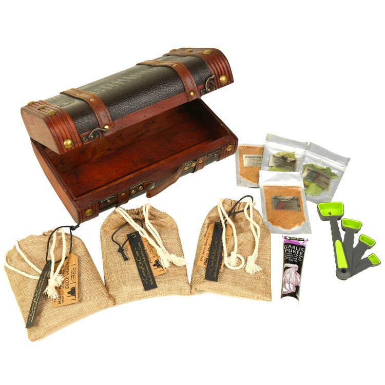 Family Thai Curry Spice Suitcase Gift Set with Recipes, Spice Pastes & Purées (Vegan)