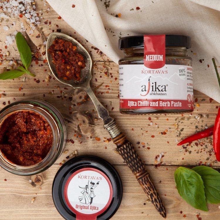 Medium Chilli & Herb Ajika Paste 110g