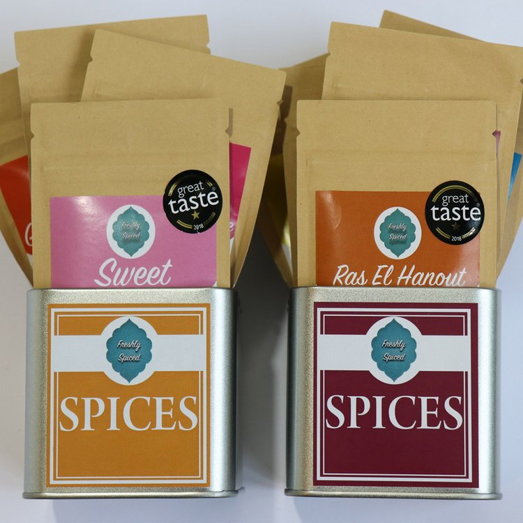Deluxe Spice Blend Tin Set Inc. Fajita, Tandoori, Garam Masala, Kebab, Ras El Hanout & Jerk