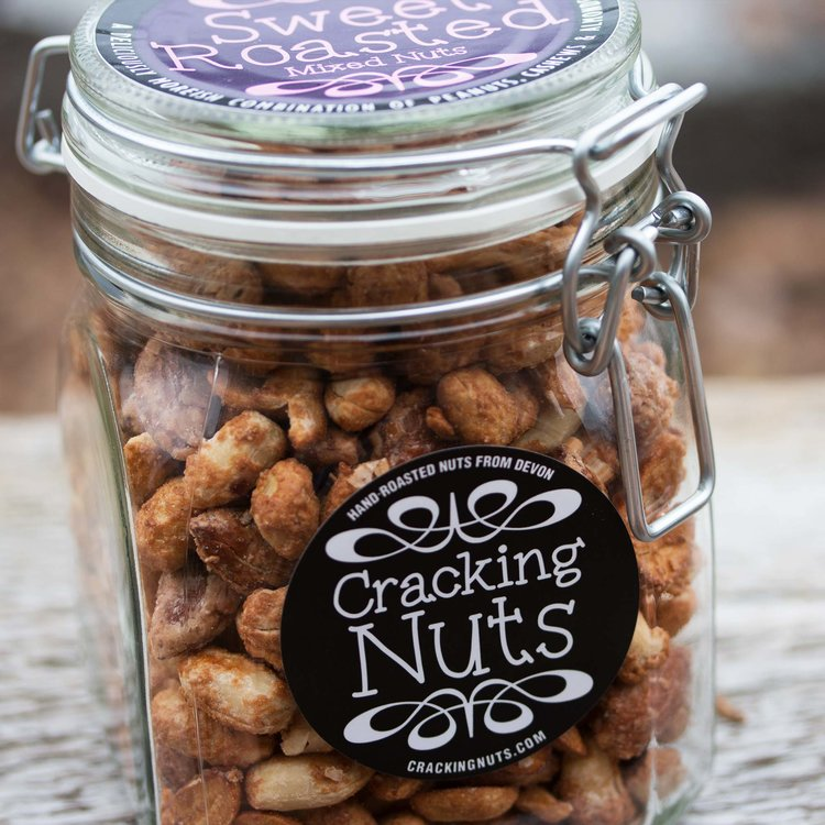 Cinnamon & Vanilla Mixed Nuts - Roasted Peanuts, Cashews & Almonds in Clip Jar 500g