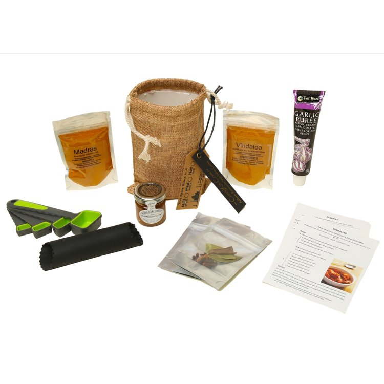 Hot Madras & Vindaloo Curry Gift Set Inc. Spices, Equipment & Hessian Bag