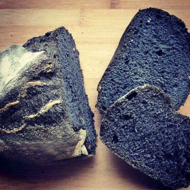 Box of 4 Black Charcoal Sourdough Gluten-Free Fresh Bread Loaves (4 x 375g)