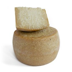 Organic 500g Sardinian Pecorino Stagionato Cheese