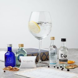 Great British Gin Tasting Gift Set with Gin Garnish Pack & 4 Gins (Inc. Edinburgh & Plymouth Gins)