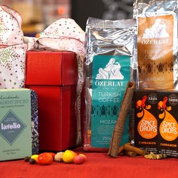 Premium Turkish Coffee Lover Gift Hamper Inc. Natural Spice Drops, Italian Sweets & Coffee
