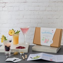 'Vodkalicious' Vodka Botanical Cocktail & Garden Gift Kit with Infusions & Growing Kit