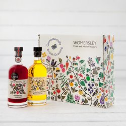 'Quintessentially British' Dressing Gift Box with Raspberry Vinegar & Rapeseed Oil
