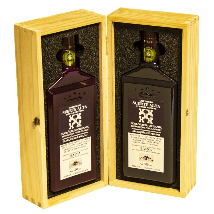 Organic Picual & Coupage Spanish Extra Virgin Olive Oil Gift Set in a Wooden Box (2 x 500ml)